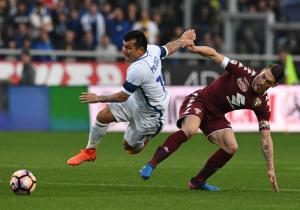 Medel_foul_Inter_Torino_Getty_2017