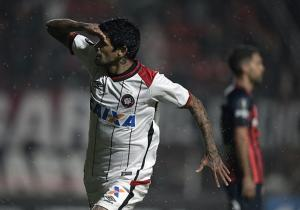 SanLorenzo_Paranaense_Lucho_Gonzalez_Libertadores_2017_Getty