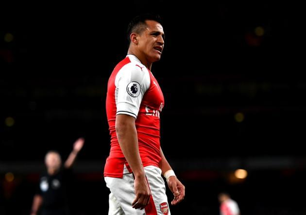 Alexis_Molesto_Arsenal_WestHam_2017_Getty