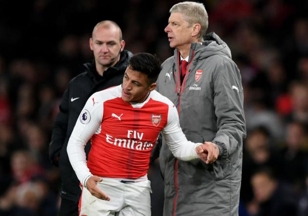 Alexis habló con Wenger para confirmarle su continuidad en el Arsenal
