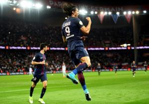 Cavani_gol_LIGUE1_PSG_GUINGAMP_2017_getty