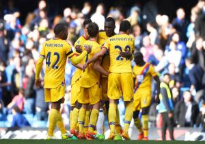 Chelsea_Crystal_Palace_celebra_Benteke_Premier_2017_Getty