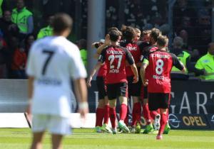 Friburgo_Celebra_Leverkusen_Bundesliga_2017_Getty