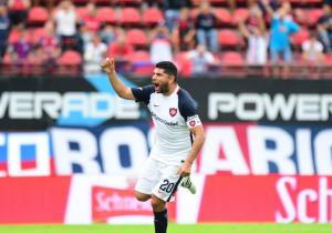 Nestor_Ortigoza_celebra_San_Lorenzo_Sarmiento_2017_Twitter