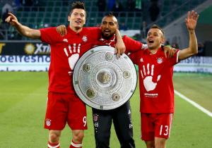 Vidal_festejo_campeon_Bayern_2017_getty_0