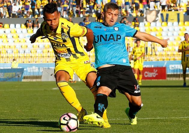 Colo Colo enfrenta a Palestino en busca del liderato exclusivo del Clausura