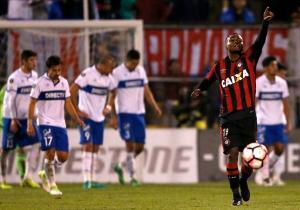 Católica_Paranaense_lamento_Libertadores_2017_PS