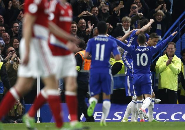 El 'Spanish' Chelsea mete la directa hacia el título en Inglaterra