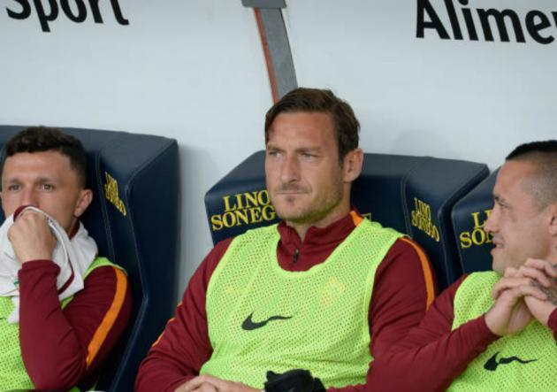 Totti es hincha de la U por David Pizarro