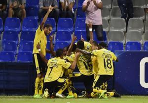 FuerzaAmarilla_celebra_OHiggins_Sudamericana_2017_Getty