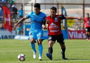Gonzalo_Bustamante_Disputa_Iquique_Antofagasta_Clausura_2017_Getty