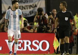 Messi_insulto_juez_Argentina_Chile_2017_getty
