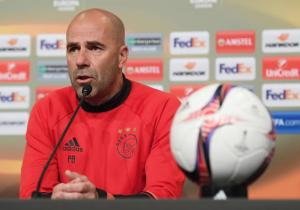 Peter_Bosz_Ajax_Europa_League_2017