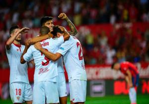 Sevilla_celebra_Osasuna_Liga_2017_Getty