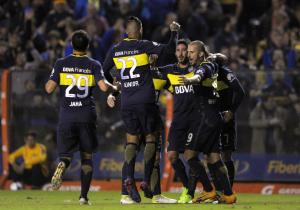 Boca_Independiente_Abrazo_Getty_1