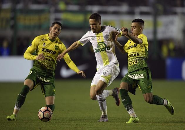 Defensa_y_Justicia_Chapecoense_Sudamericana_Getty_2017