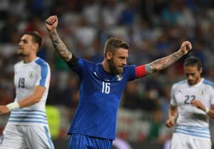 Italia_celebra_DeRossi_Uruguay_amistoso_Getty_2017