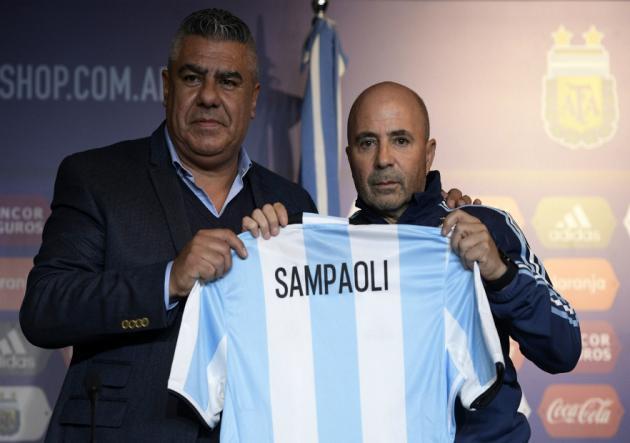 Sampaoli_Tapia_Presentacion_Argentina_Getty