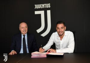 Mattia De Sciglio Signs For Juventus