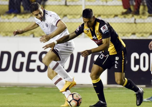 Lanús, en la altura de Bolivia, juega con The Strongest