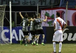 Nacional_de_Potosí_Estudiantes_Copa_Sudamericana_2017_Getty