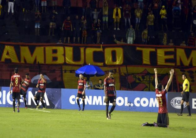 Arsenal perdió con Sport Recife