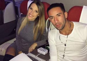 Mauricio_Isla_novia_avion_Turquia_2017