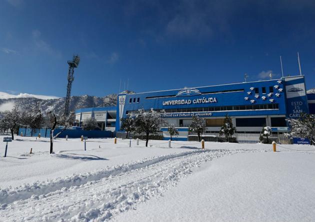 ANFP vuelve a suspender los partidos de Colo Colo y la UC