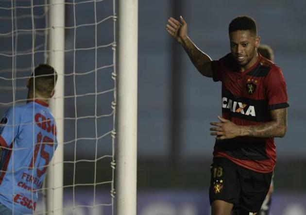 Arsenal superó a Sport Recife, pero quedó eliminado de la Sudamericana