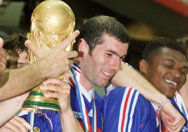 Zidane_Francia_Campeon_Mundial_1998_Getty
