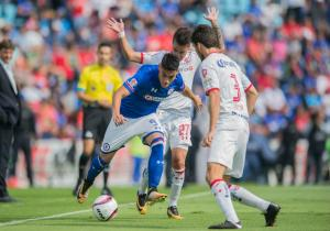 Felipe_Mora_Cruz_Azul_PS_2017