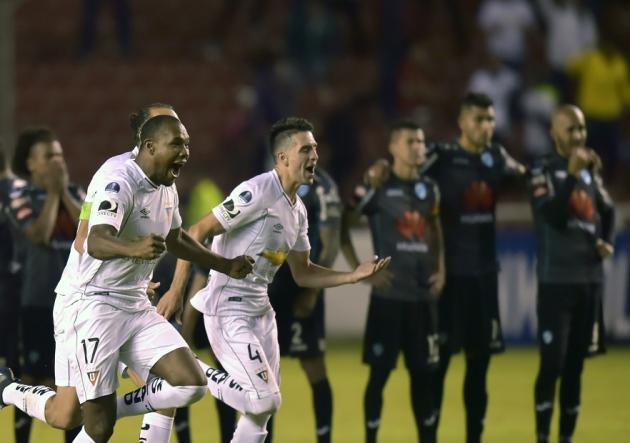 LDU tuvo sufrida clasificación en la Sudamericana ante Bolívar