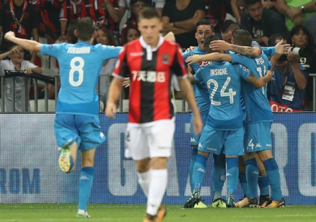 Nápoli y Sevilla clasifican a la Champions League