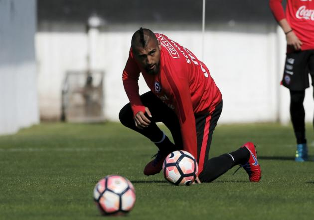 Vidal_Entrenamiento_Chile_2017_PS
