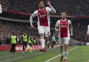 Ajax_Roda_Justin_Kluivert_celebra_Eredivisie_2017