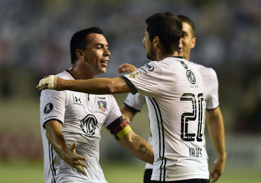 Delfin_ColoColo_Paredes_celebra_Valdés_Libertadores_2018_Getty