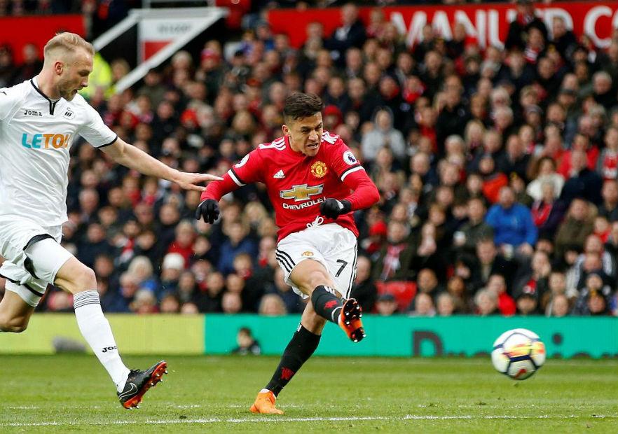 Alexis_ManchesterUnited_Swansea_Premier_2018_0
