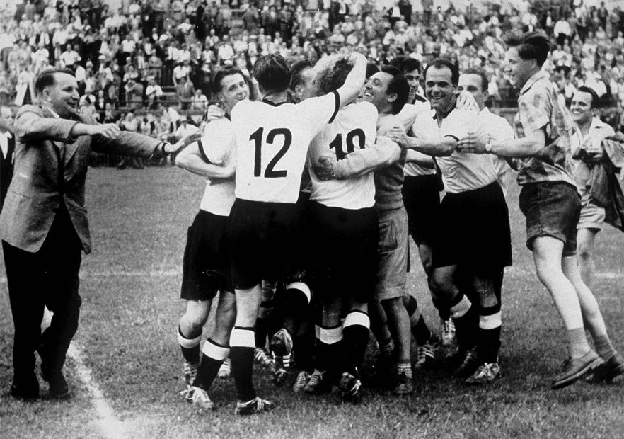 Hungría_Mundial_Suiza_1954_Alemania_celebra_Getty