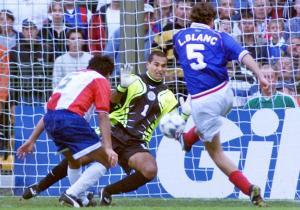 Francia_Paraguay_Blanc_Mundial_1998_Getty