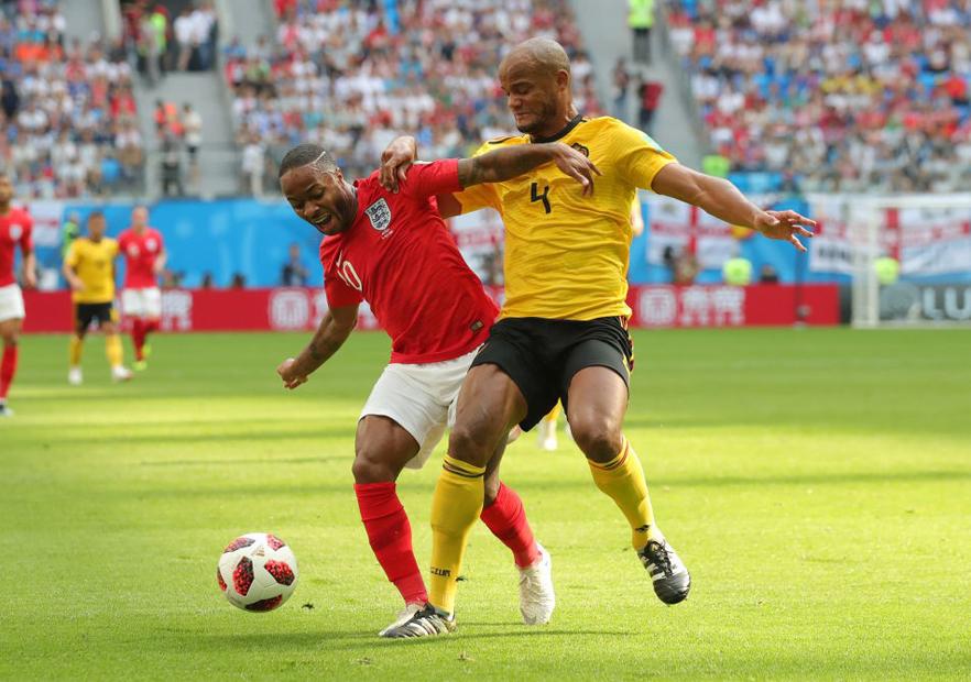 Bélgica_Inglaterra_Sterling_Kompany_Mundial_Rusia_2018_Getty
