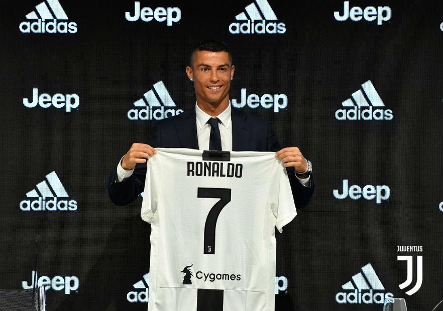 Cristiano_presentado_Juventus_2018_5