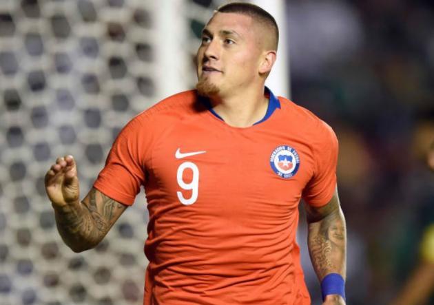 Castillo_gol_Chile_Mexico_getty_2018_1
