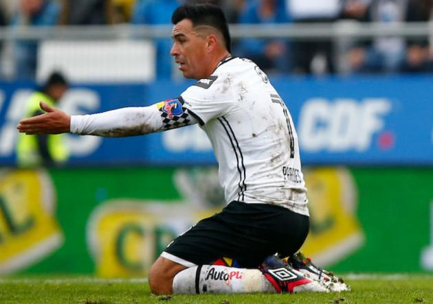 Esteban_Paredes_suelo_ColoColo_2018_xpress