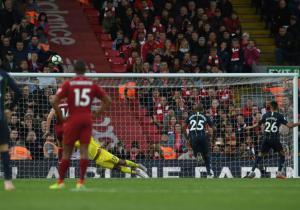 Liverpool_City_Mahrez_Falla_Penal_Getty