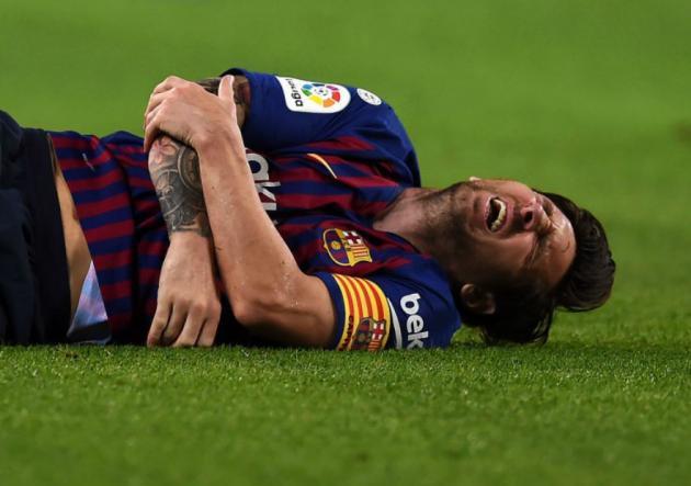 Así fue la brutal caída de Messi sobre su brazo