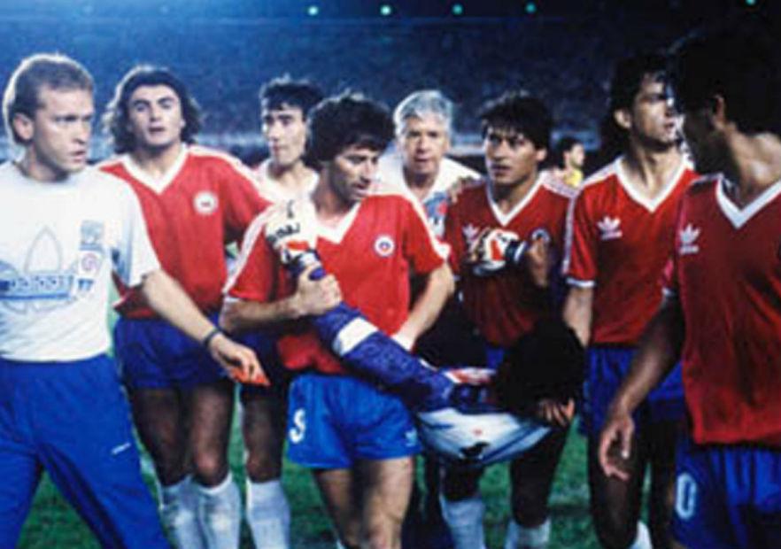 RobertoRojas_Maracanazo_Chile_1989_01